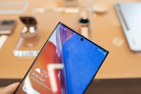 Samsung Galaxy Note 20 Ultra đã có bản cập nhật mới cải thiện khả năng chụp ảnh