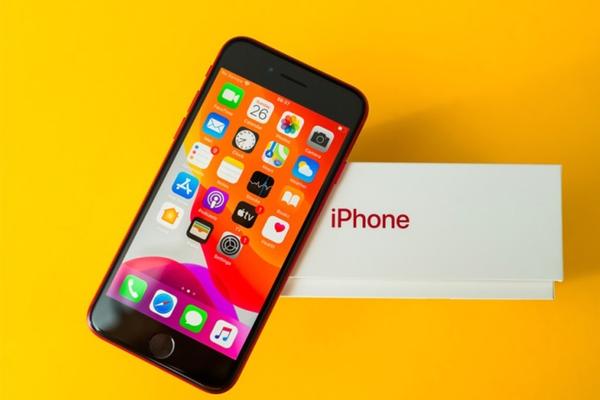 iPhone SE 2020 có những phiên bản bộ nhớ nào, nên mua bản dung lượng bao nhiêu?