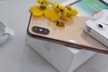 Có tiền mua iPhone Xs nên chọn màu nào cho thời thượng?