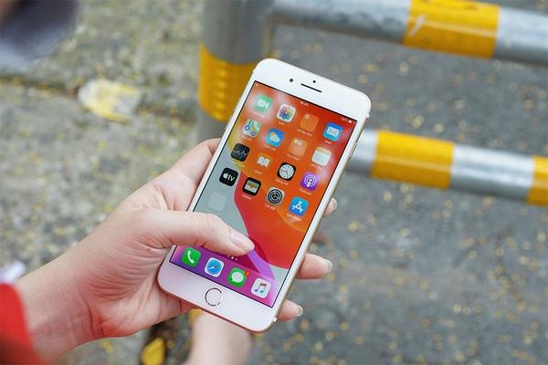Nên chọn iPhone 7 Plus 32GB hay 128GB? Đừng mất tiền oan khi mua bộ nhớ quá lớn!