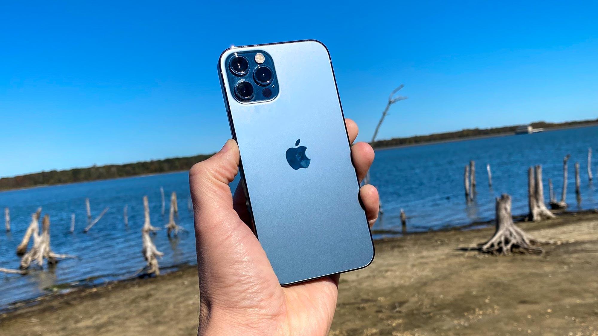 Bộ nhớ 64GB không còn khả dụng trên iPhone 12