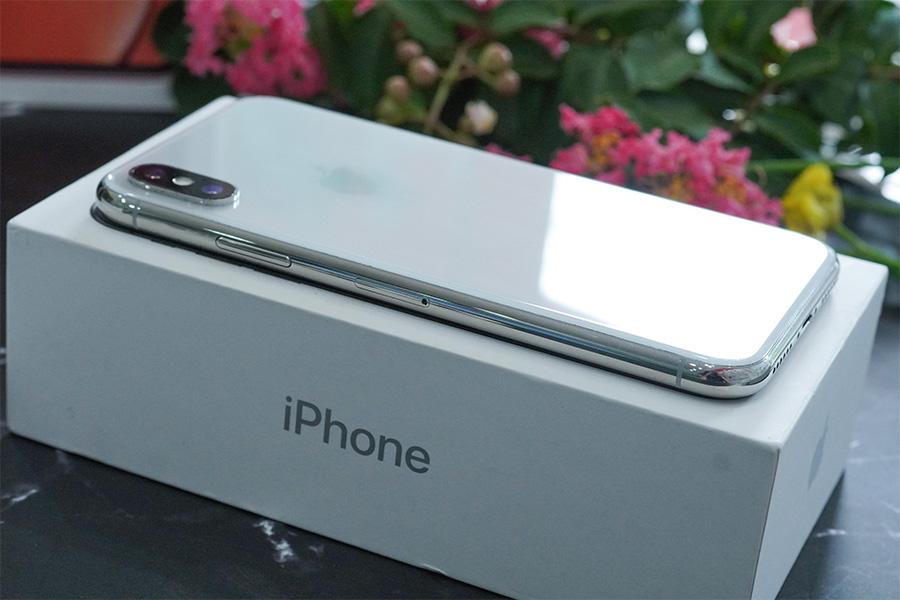 Thiết kế iPhone X đầy sự táo bạo