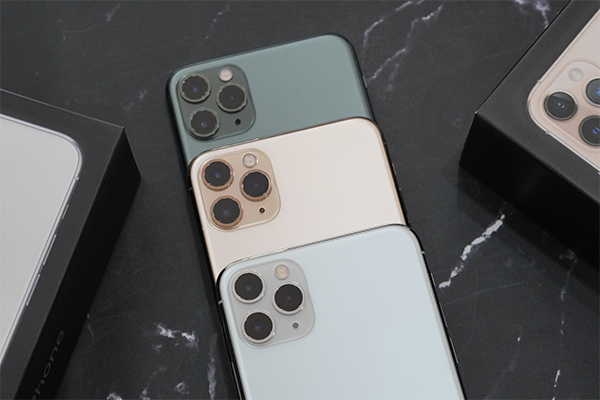 iPhone 11 Pro Max ATO có bộ ba camera độc đáo